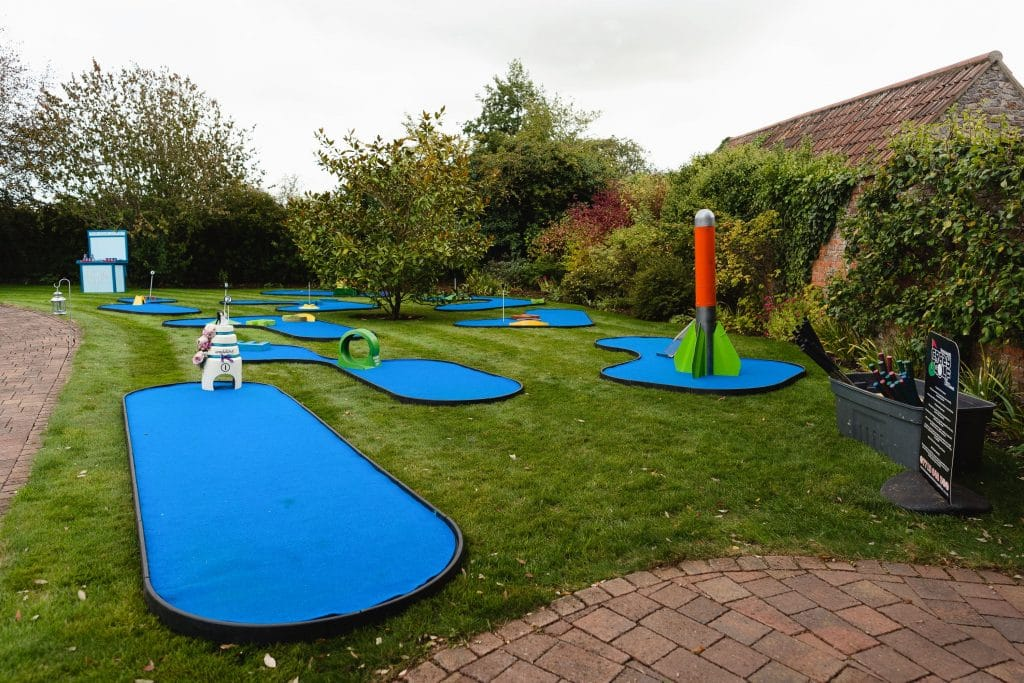 Mini golf for guests
